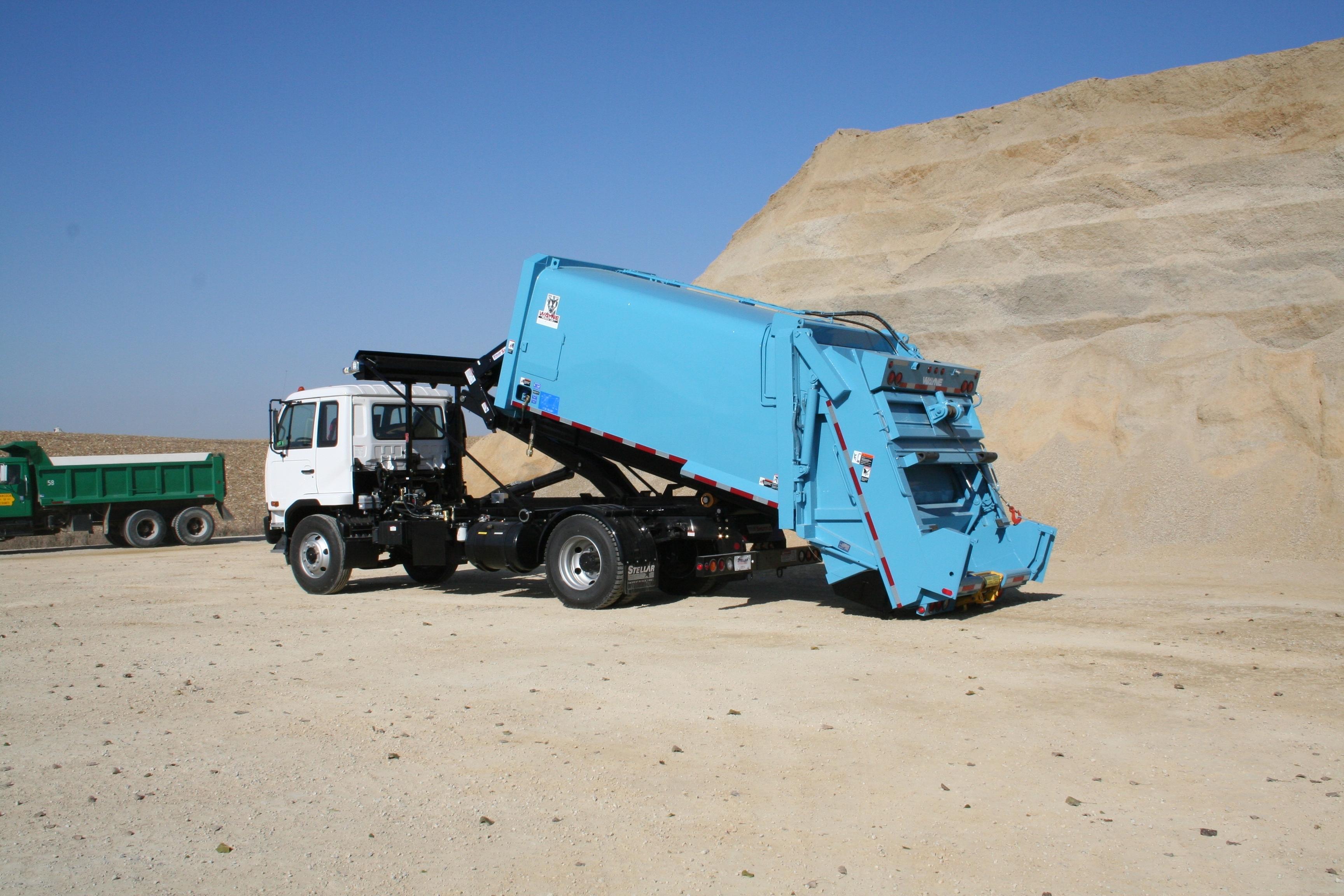 Hooklift Truck Lift Loaders Commercial Truck Equipment