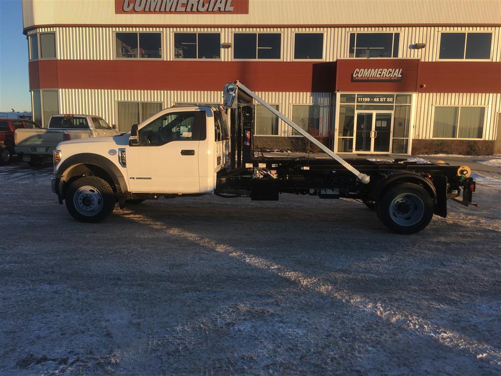Stellar 108-12 Flex Hooklift on Ford F550