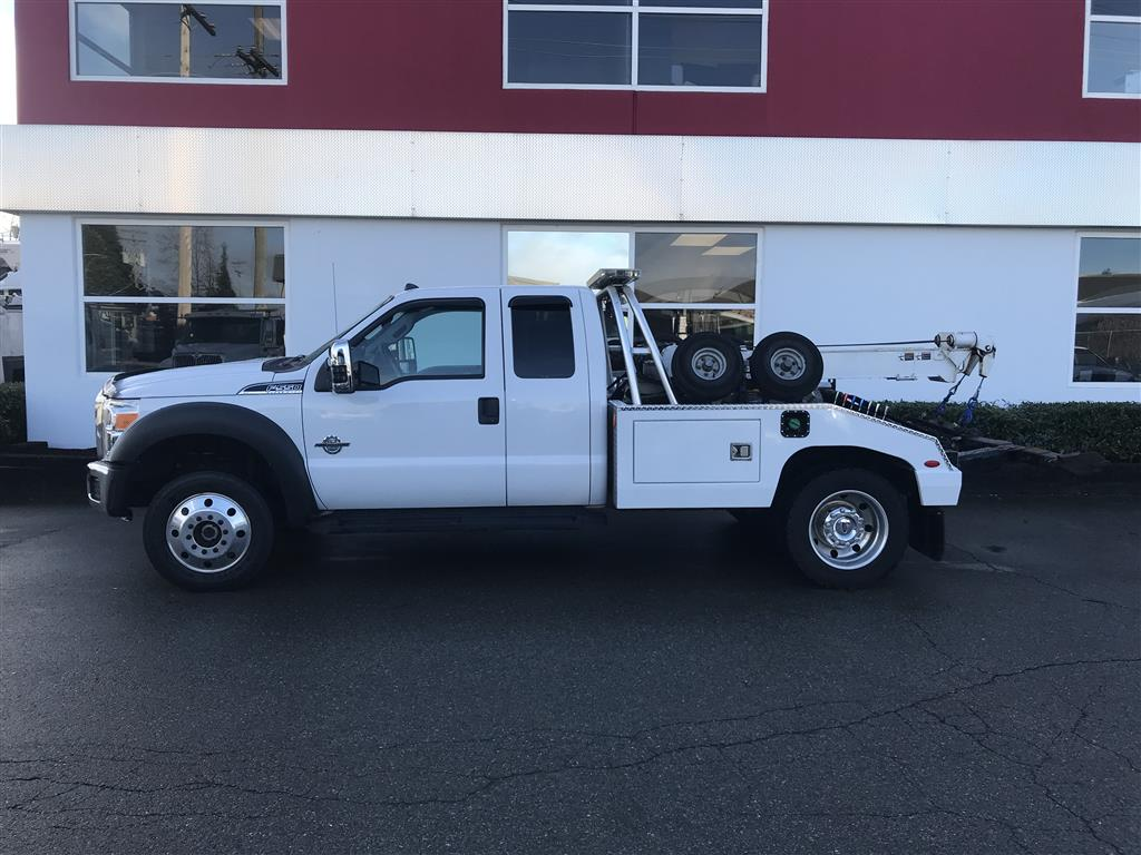 Century 602 on 2016 Ford F550 4×4